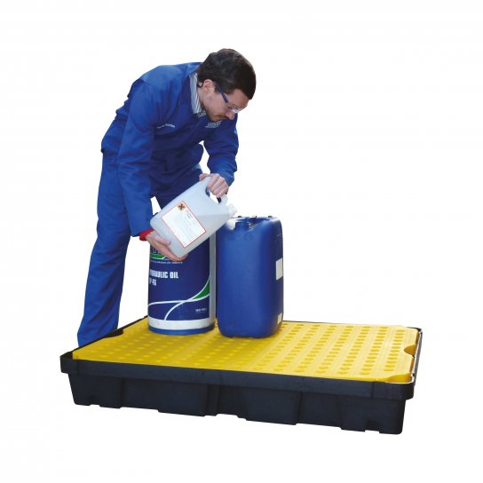Plastic Spill Trays with Removable Surface Grids